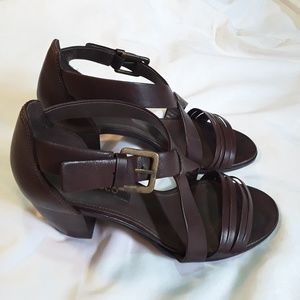 Beautiful Brown Leather Heels By Ecco